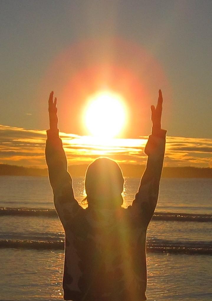 11 - holding the sunrise